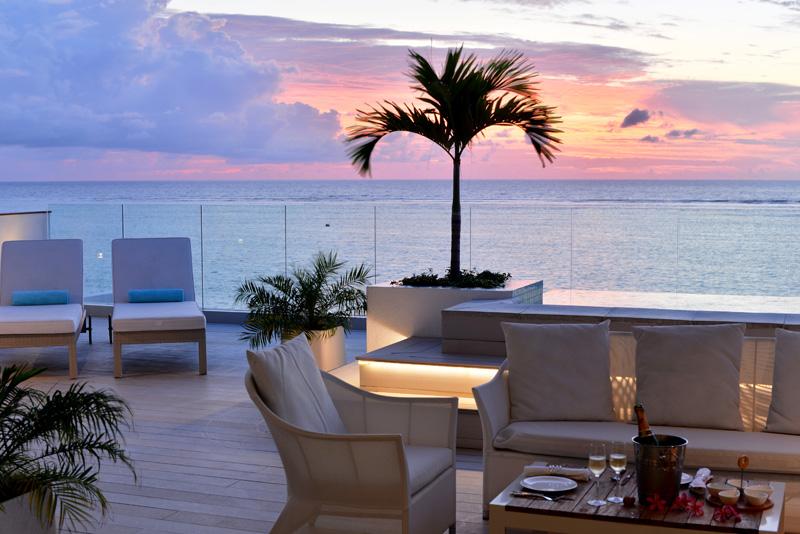 Terrasse au coucher du soleil