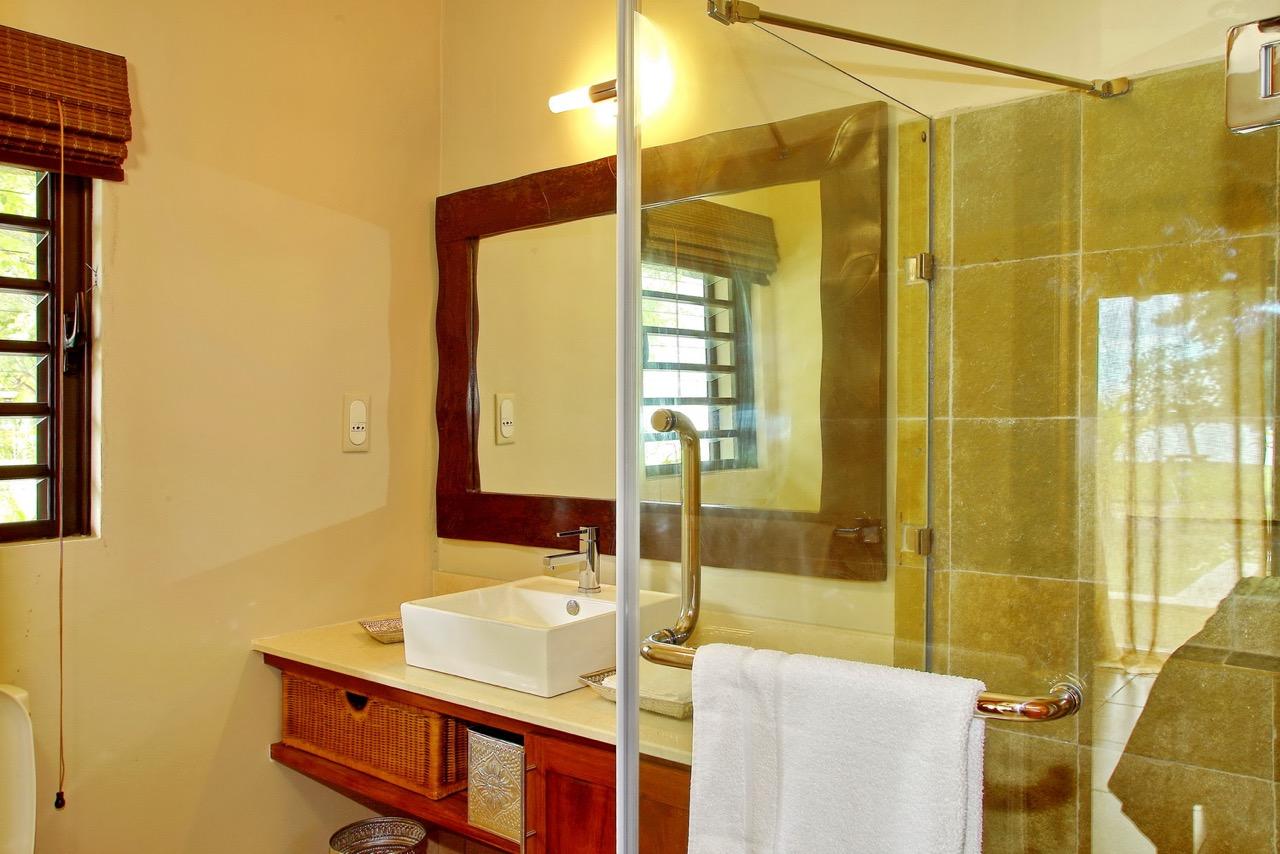 Villa Les salines - Salle de bain3