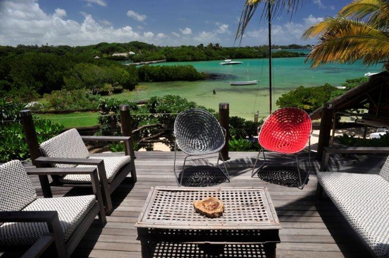 villa-de-luxe-ile-maurice-location-villa-ile-maurice-villa-rental-mauritius-villa-sable-et-mer-piscine-pool-vue-2