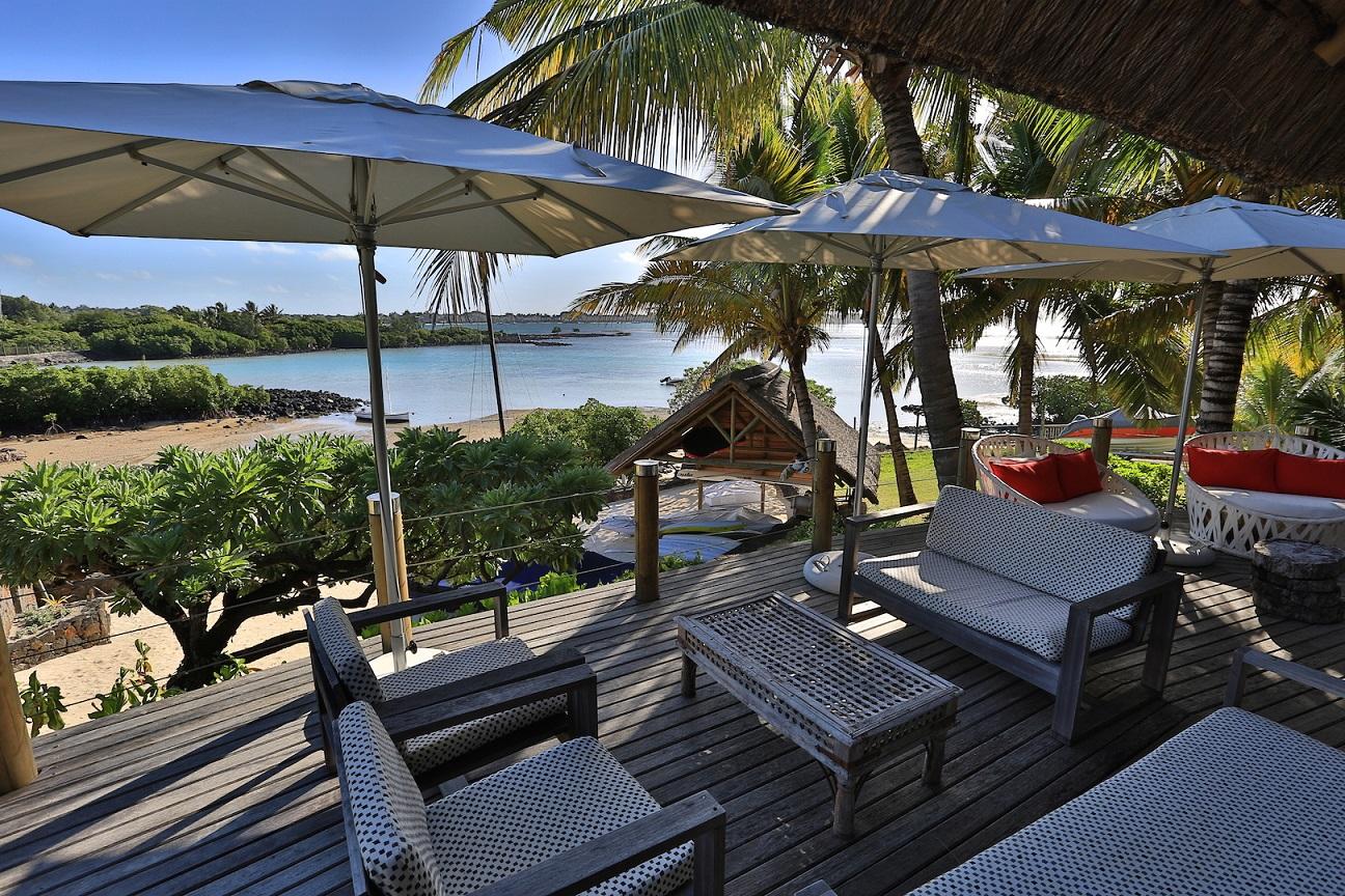 villa-de-luxe-ile-maurice-location-villa-ile-maurice-villa-rental-mauritius-villa-sable-et-mer-piscine-pool-kiosque-4