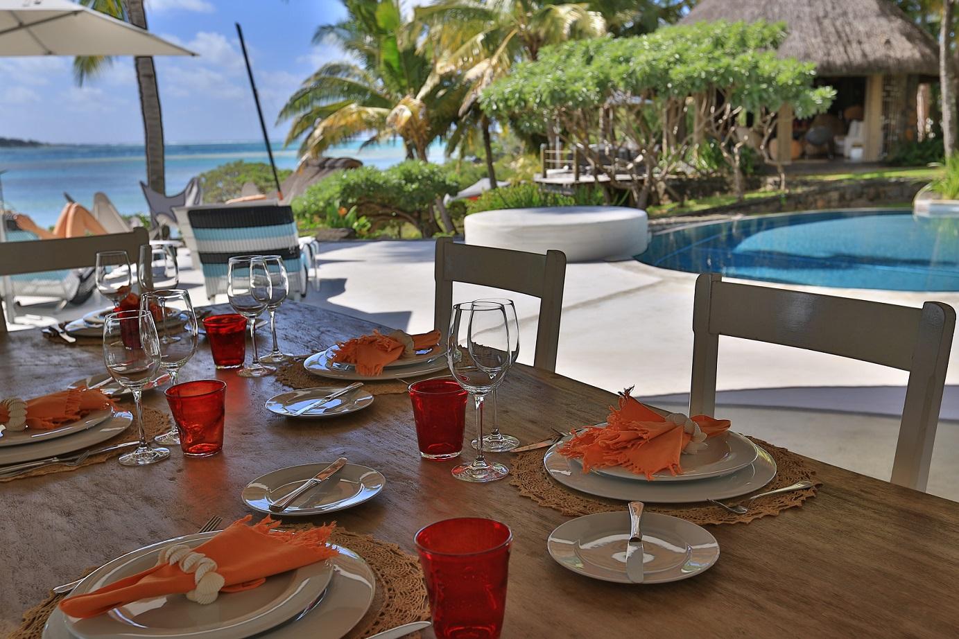 villa-de-luxe-ile-maurice-location-villa-ile-maurice-villa-rental-mauritius-villa-sable-et-mer-piscine-pool-table