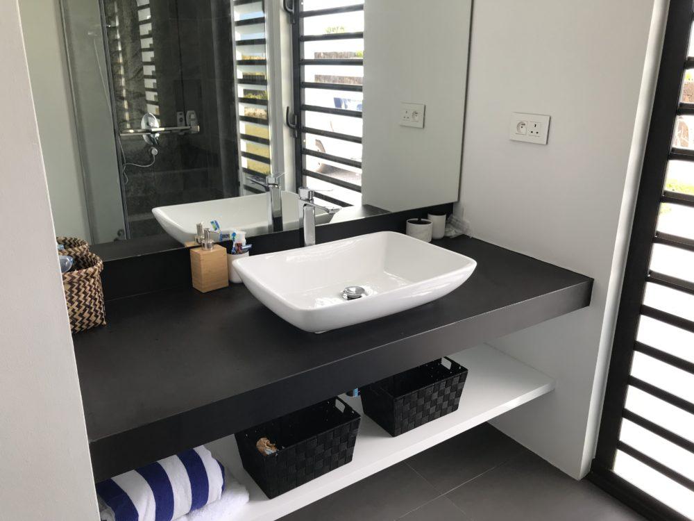 villa-de-luxe-ile-maurice-location-villa-ile-maurice-villa-rental-mauritius-villa-bois-chandelle-bathroom-5