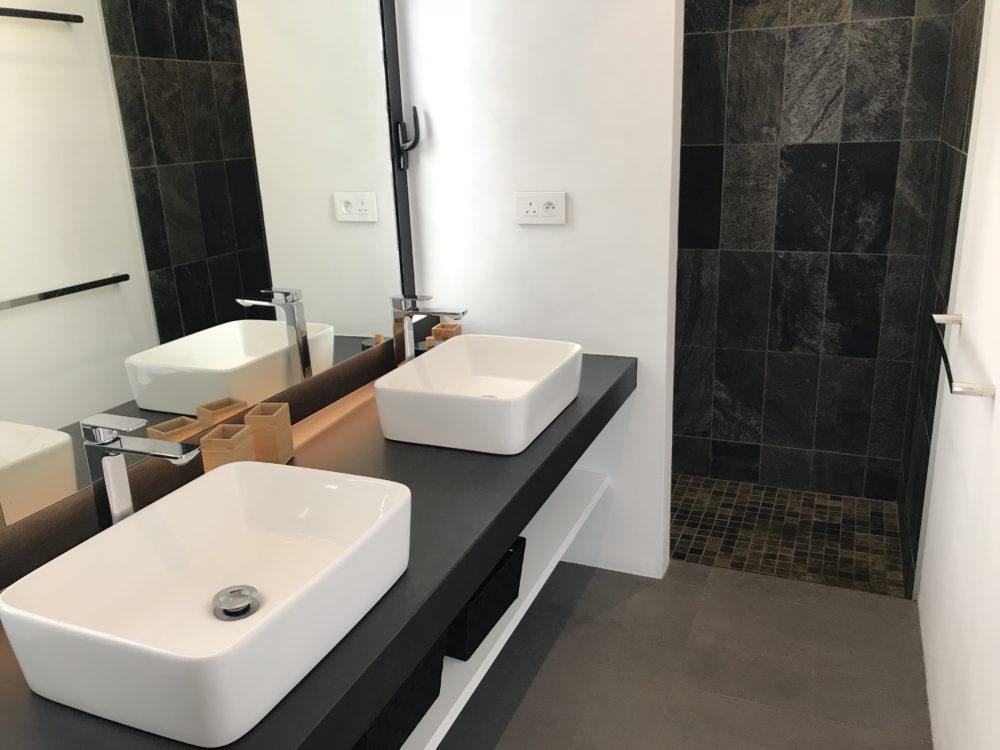 villa-de-luxe-ile-maurice-location-villa-ile-maurice-villa-rental-mauritius-villa-bois-chandelle-bathroom