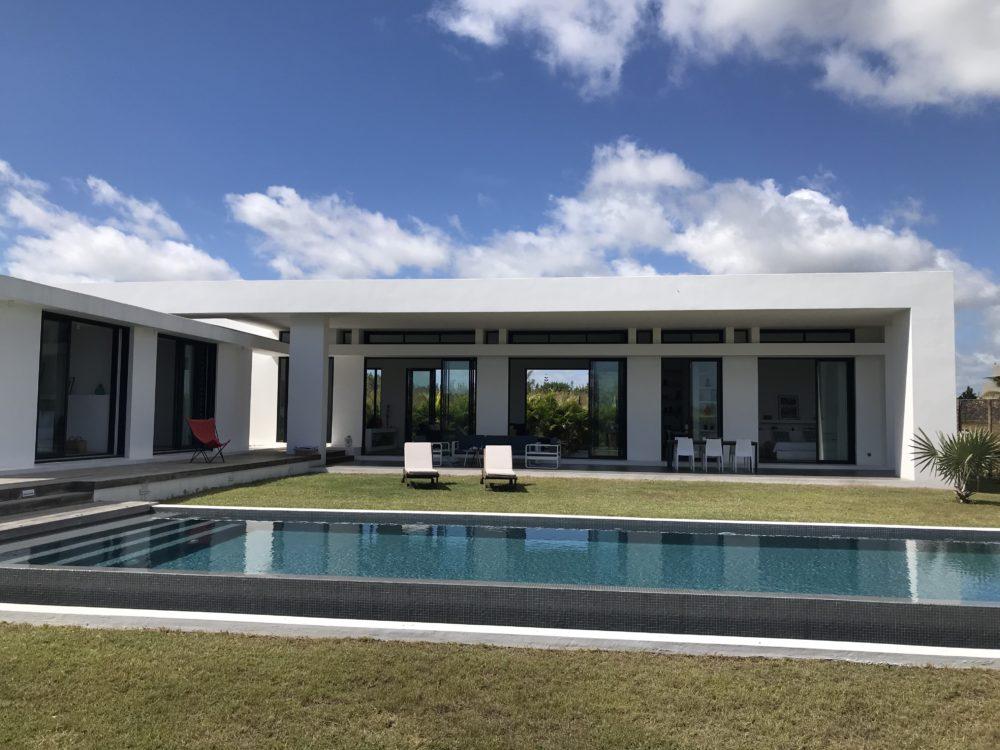 villa-de-luxe-ile-maurice-location-villa-ile-maurice-villa-rental-mauritius-villa-bois-chandelle-piscine-pool-2