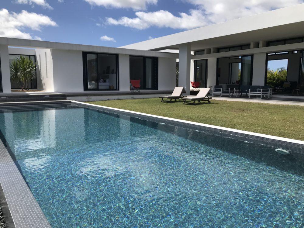 villa-de-luxe-ile-maurice-location-villa-ile-maurice-villa-rental-mauritius-villa-bois-chandelle-piscine-pool-3